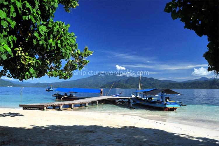 Pemandangan di Pulau Kelagian